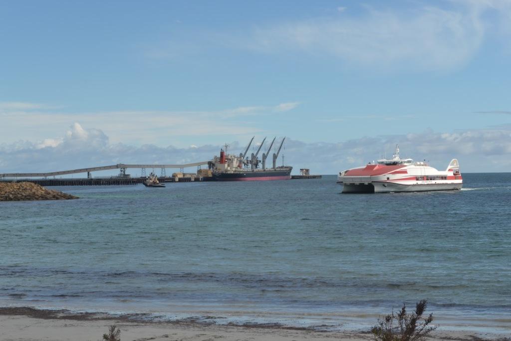 Wallaroo-Eyre-Pennisula-ferry