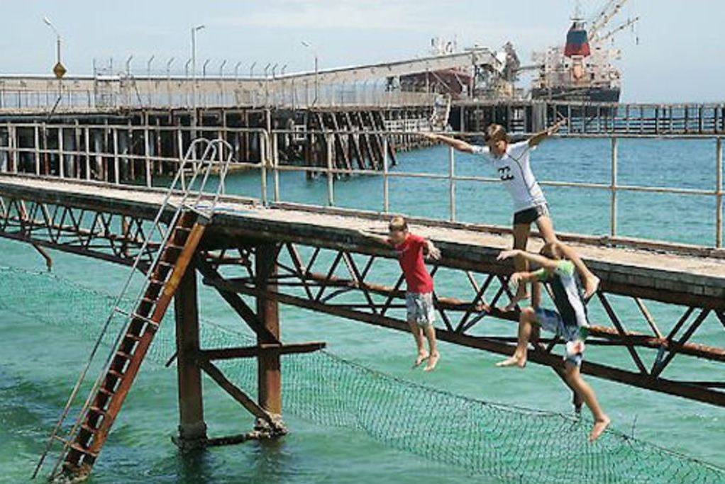 Wallaroo Jetty Jumping