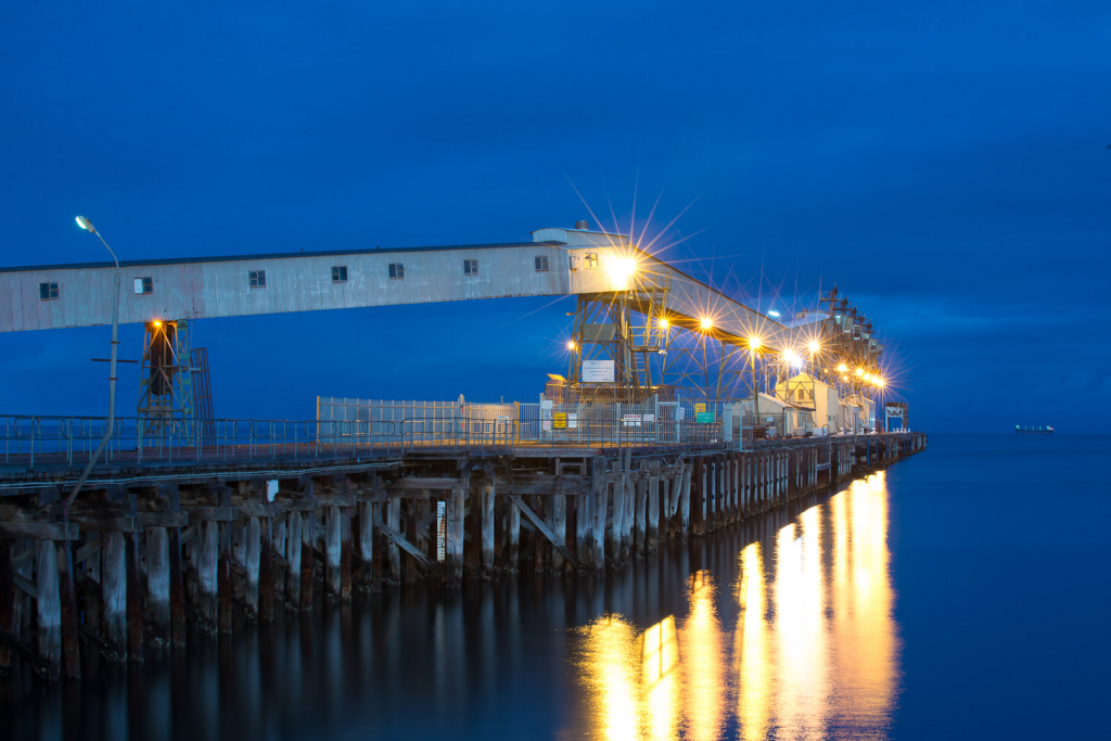 Wallaroo Jetty at night